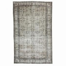 Vintage recoloured rug (190x309cm)